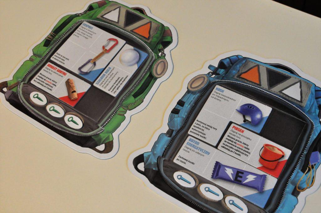 Plecaki, wktórychgracze mogą umieścić dostępny ekwipunek orazhaki
