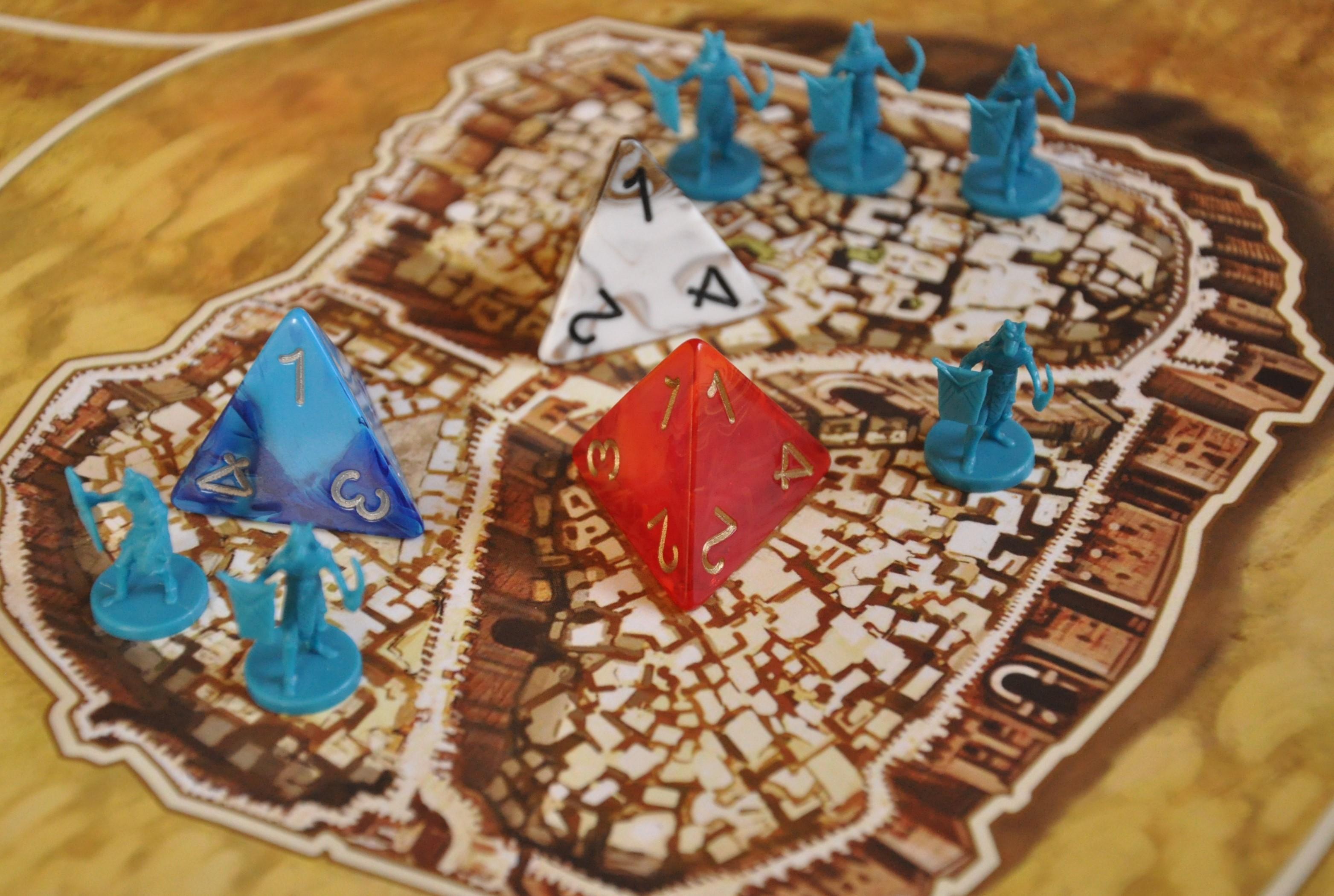 Wojska ipiramidy rozmieszczone wdzielnicach miasta