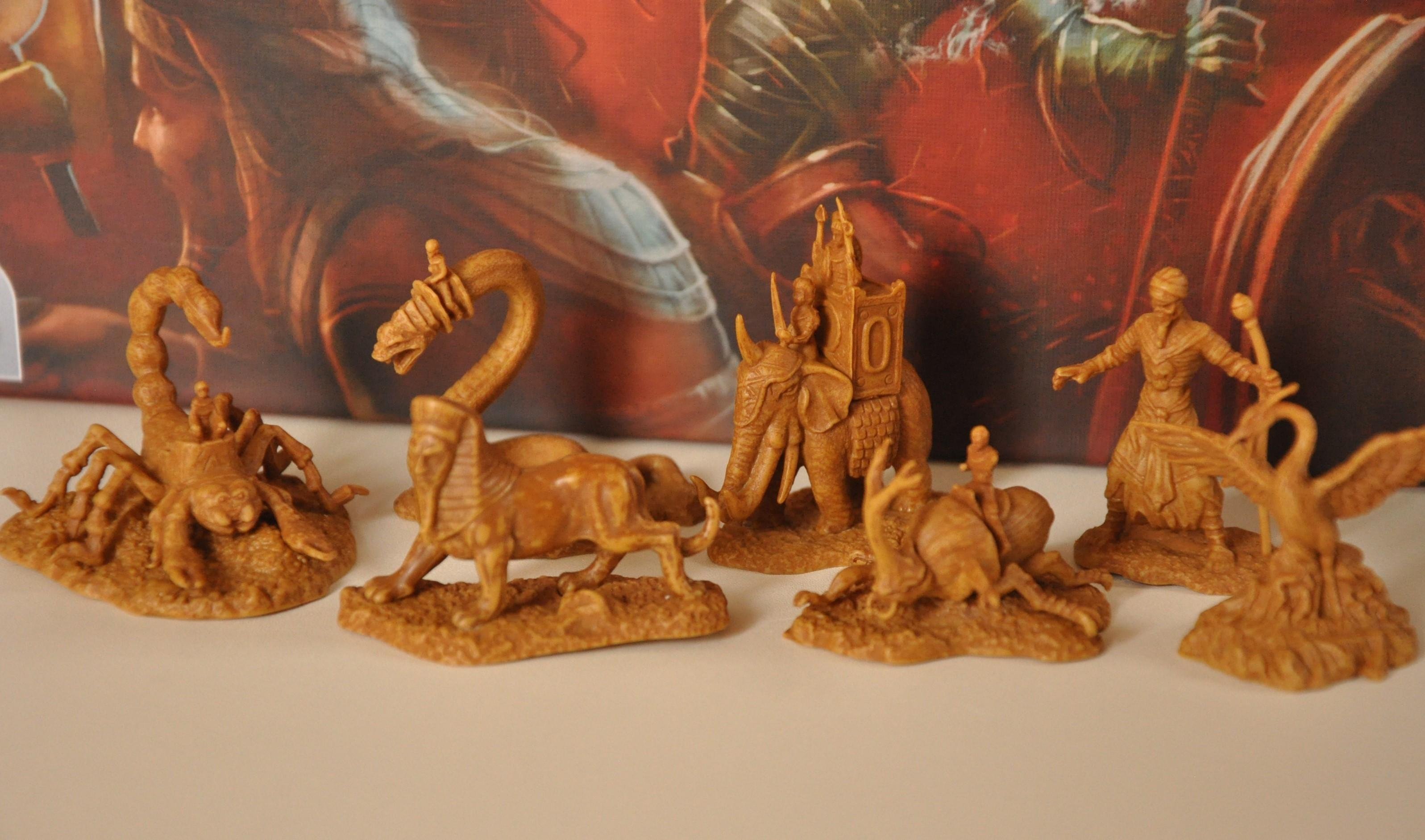 Figurki potworów, które otrzymujemy wraz zzakupem odpowiednich płytek mocy